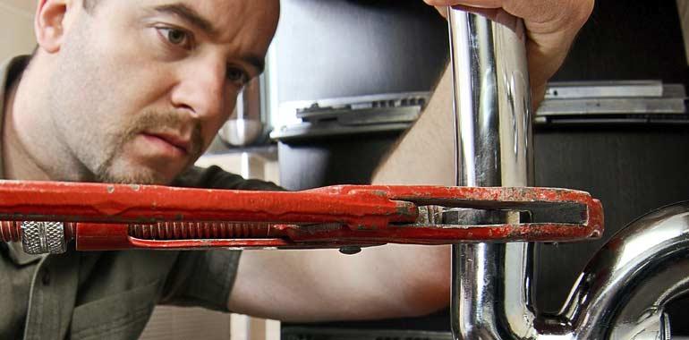 I-need-an-emergency-plumber-now